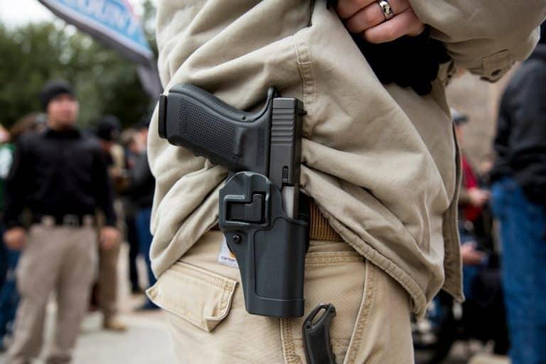 На какое оружие в России лицензия не требуется: какое оружие можно носить без разрешения