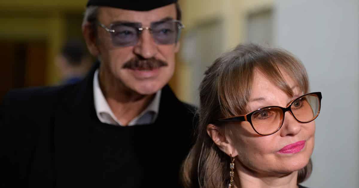 Михаил Боярский обеспокоен состоянием супруги