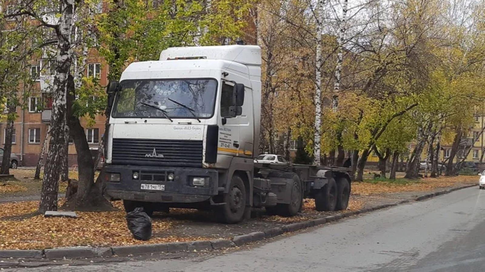 Грузовики и таксомоторы парковать во дворах запрещается