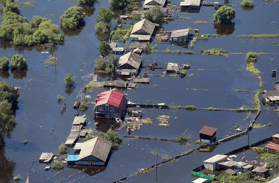 Россиянам прогнозируют климатические катаклизмы и потоп