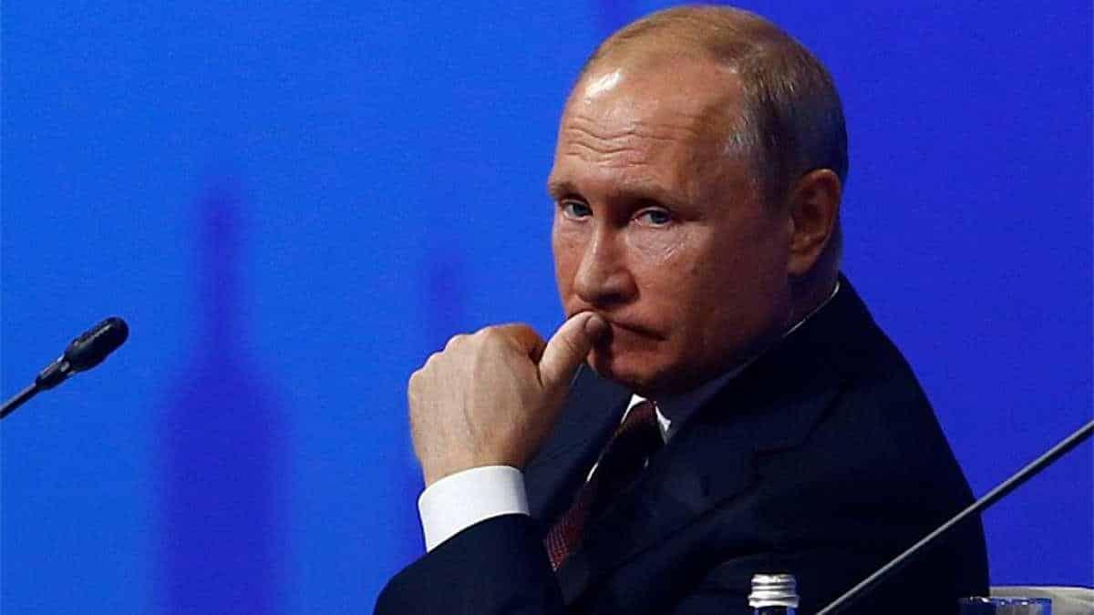 Когда закончится срок Путина на посту президента России