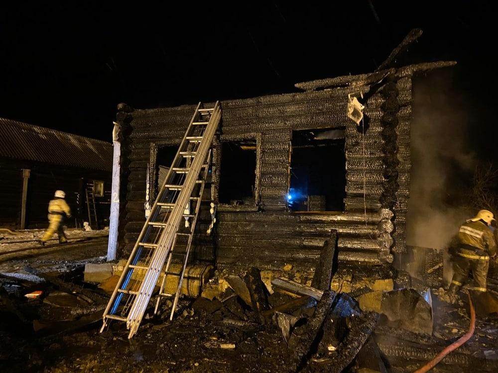 В Ярославской области при пожаре погибли дети
