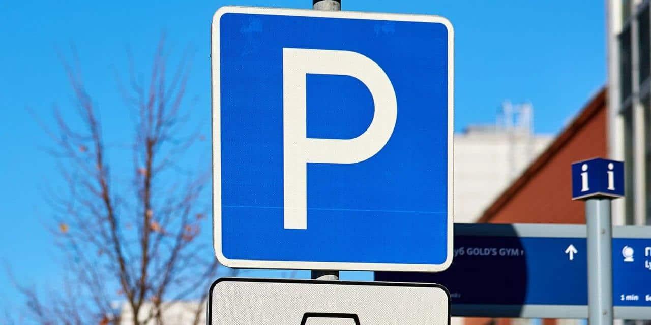 Проблему бесплатной парковки в Москве устранили