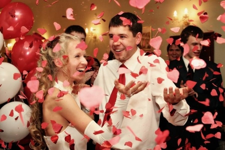 Как отметить День влюблённых 14 февраля 2020: оригинальные идеи и советы по празднованию