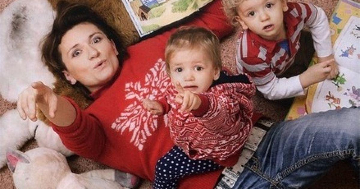 Диана Арбенина не может жить с отцом своих детей, потому что не любит его