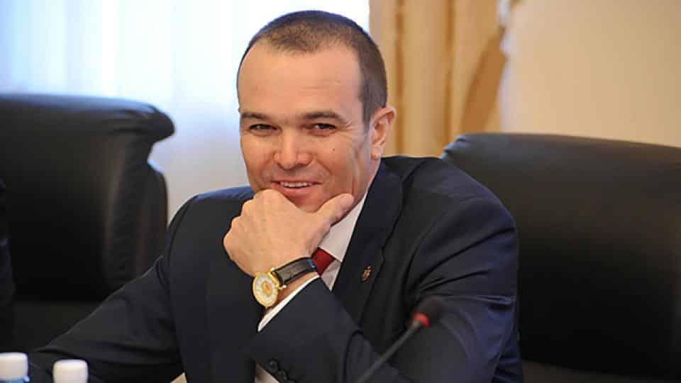 За что уволен Михаил Игнатьев, глава Чувашии: в каких скандалах принял участие