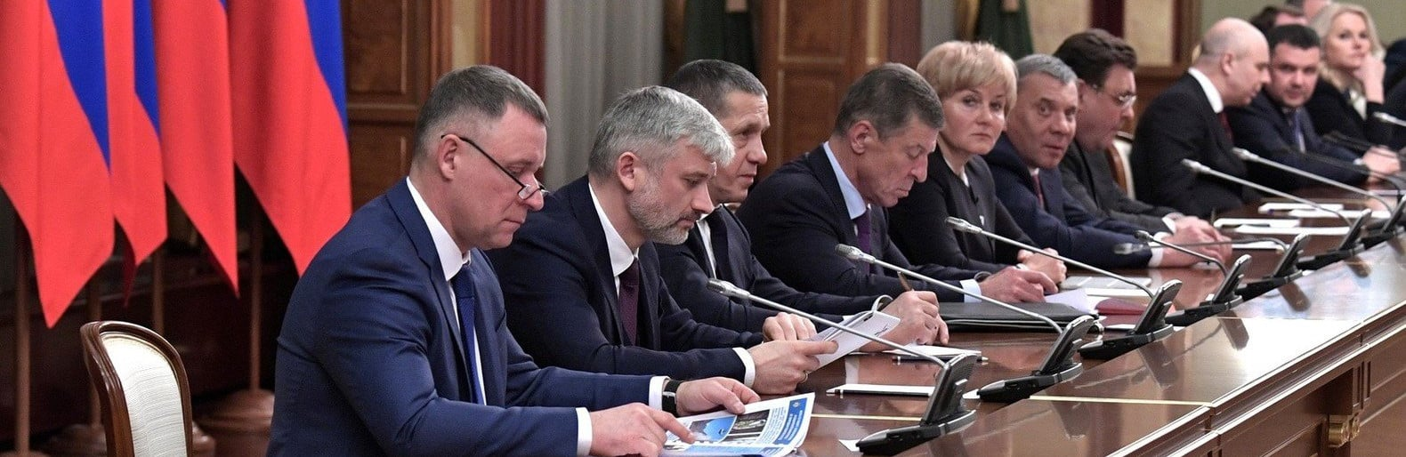 Прояснилась причина отставки Медведева и всего кабинета министров