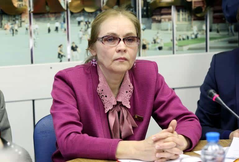 Конфликт Зюганова и Шуваловой: депутату грозит выход из КПРФ