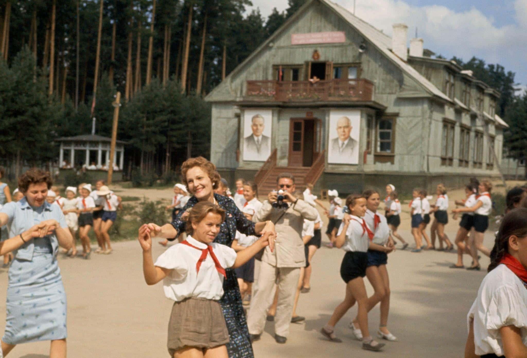 Советское «всё включено» или отдых «дикарем»: как отдыхали граждане СССР