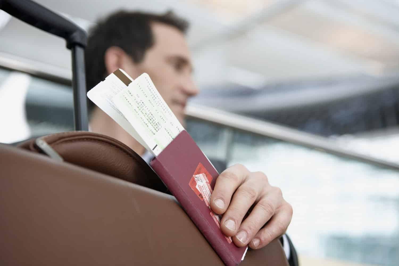 Россияне массово сдают путевки в страны с высокой заболеваемостью коронавирусом