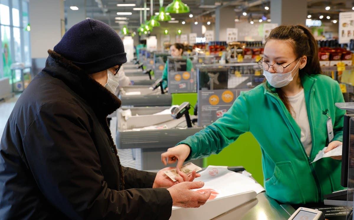 Список рекомендованных к покупке товаров на период карантина из-за коронавируса обнародовали вРосконтроле