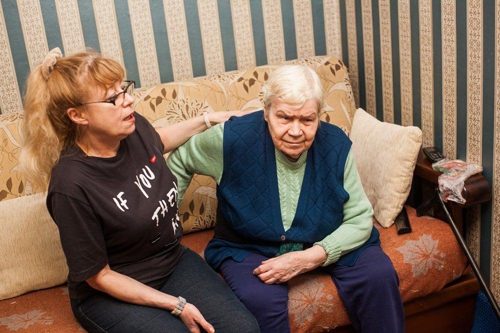 В 2020 году могут повысить выплаты по уходу за престарелыми