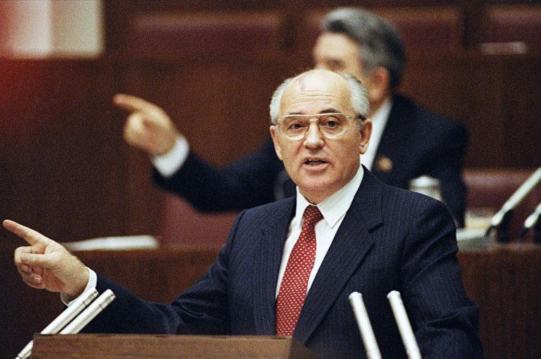 Михаил Горбачёв хочет стать следующим президентом России после Путина