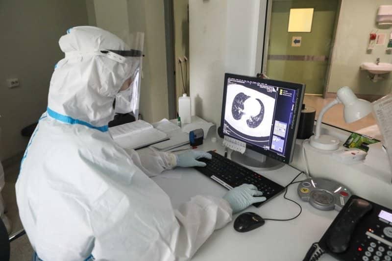Вторая волна коронавируса возможна: российский вирусолог дал прогнозы на продолжение распространения COVID-19
