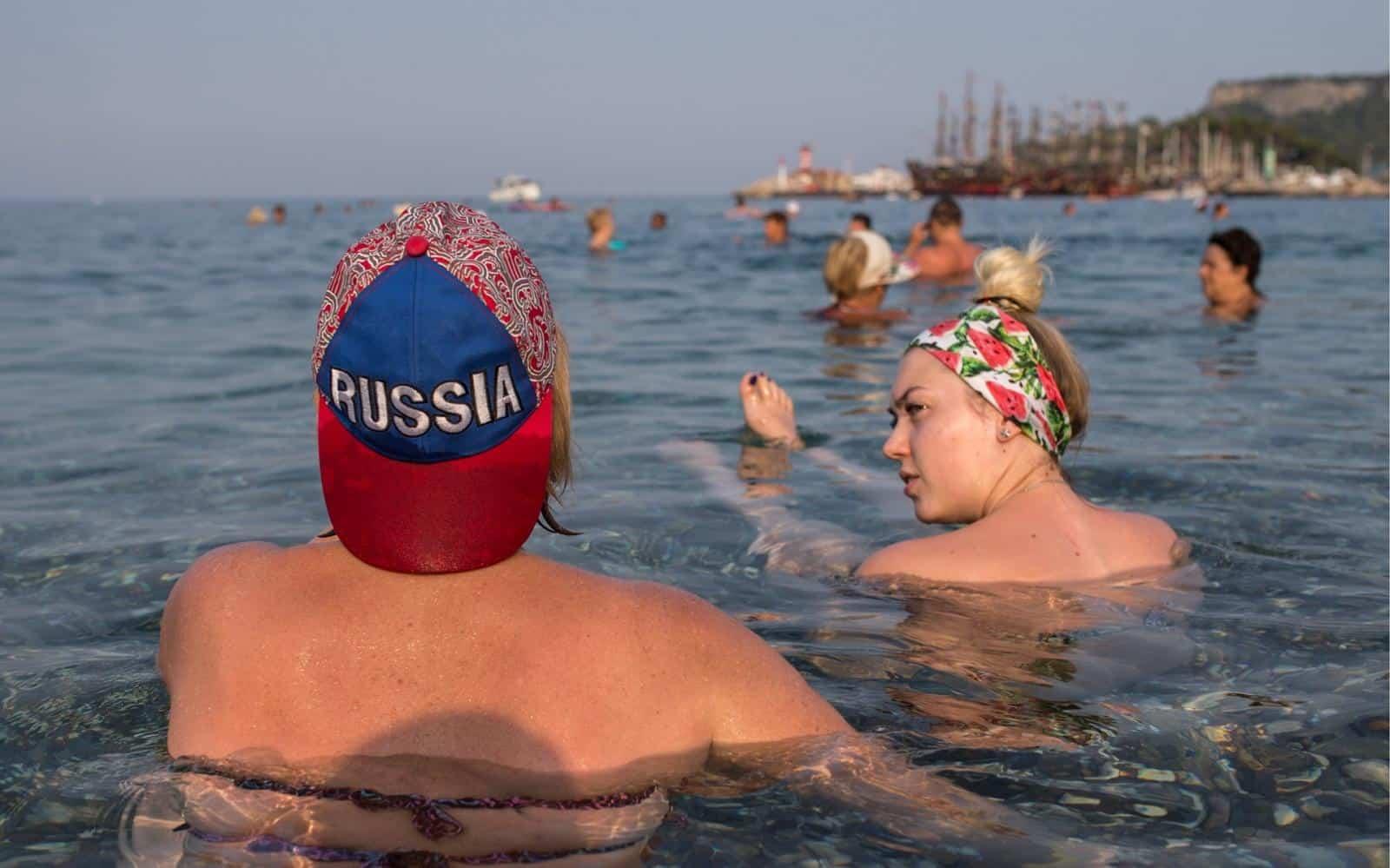 Выходные дни в июне 2020: сколько дней будут отдыхать россияне в первый летний месяц