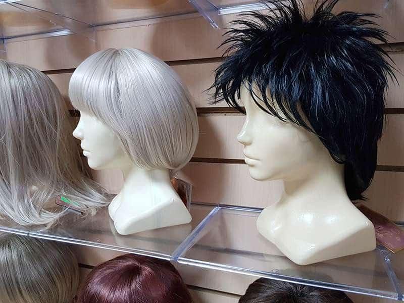 Искусственные и натуральные парики – что выбрать?