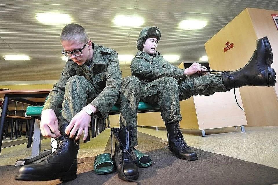 Призыв в армию России осенью 2020 будет отсрочен: дата начала ещё не назначена