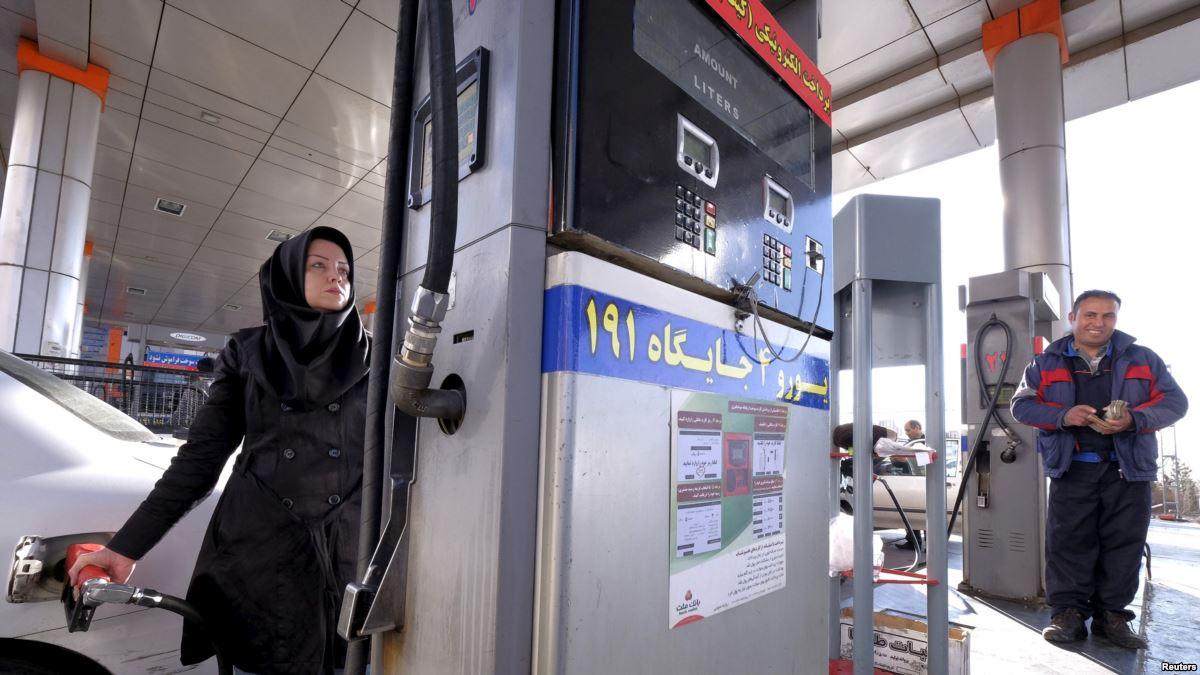 В каких странах самый дешевый бензин? На каком месте Россия по ценам на топливо