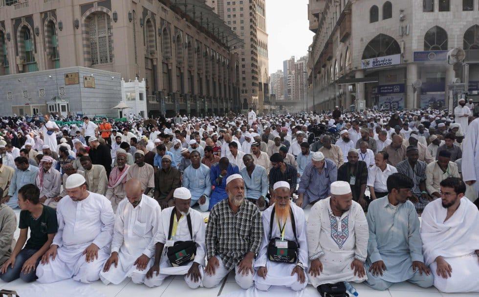 В Саудовской Аравии отменили Хадж для паломников из-за рубежа