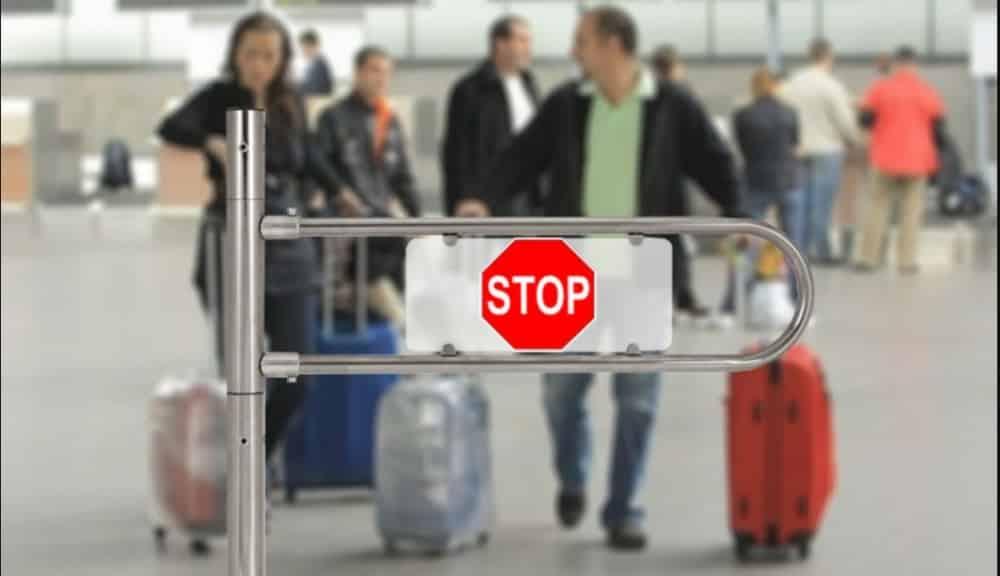 Запрет на въезд иностранныхтуристов действует во многих странах в 2020 году