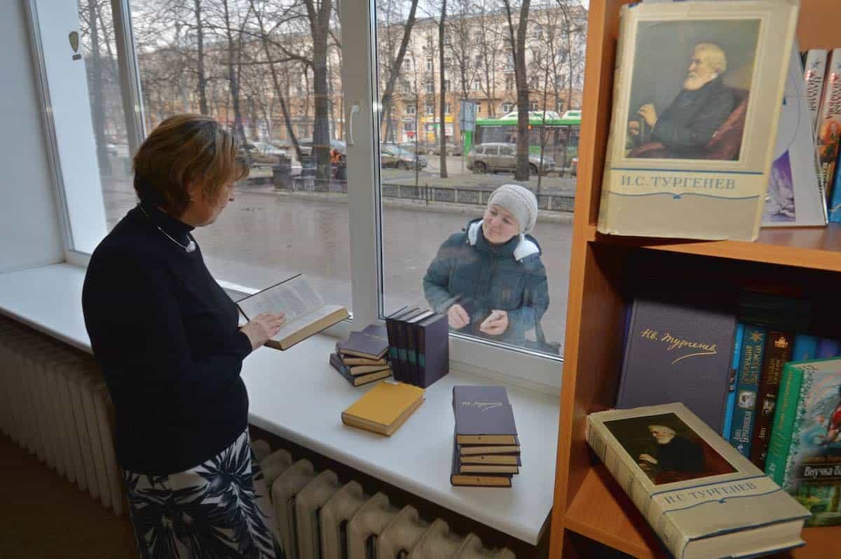 Уличные кафе начнут работать в Москве с 16 июня текущего года