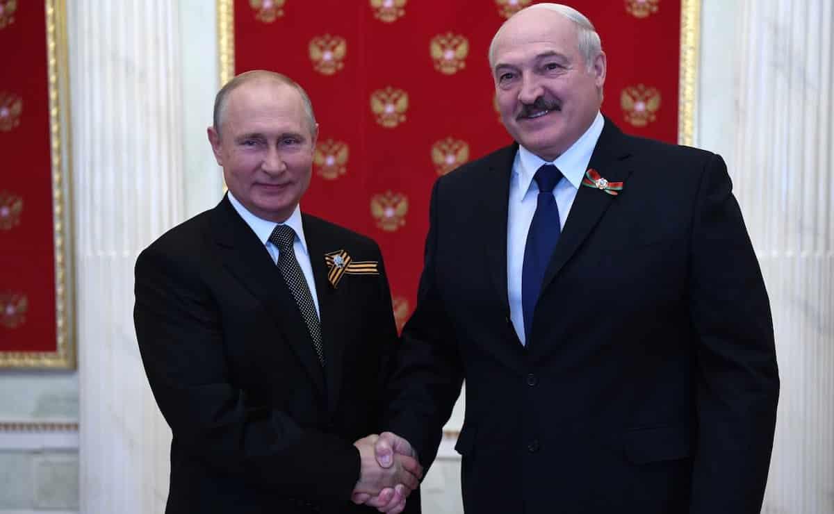 На параде Победы Путин не пожал руку сыну Лукашенко: возможны ли последствия