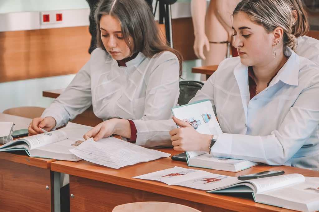 Дату начала учебного года 2020/21 в российских ВУЗах, назвали в Министерстве образования