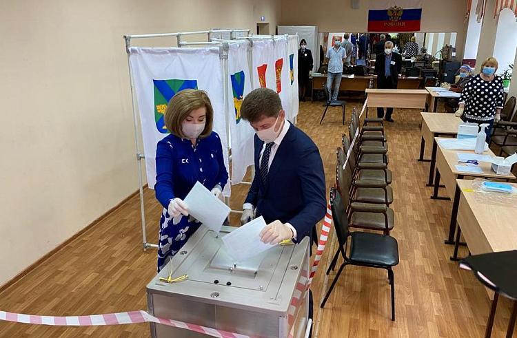 Голосование за поправки в Конституцию РФ начались с 25 июня