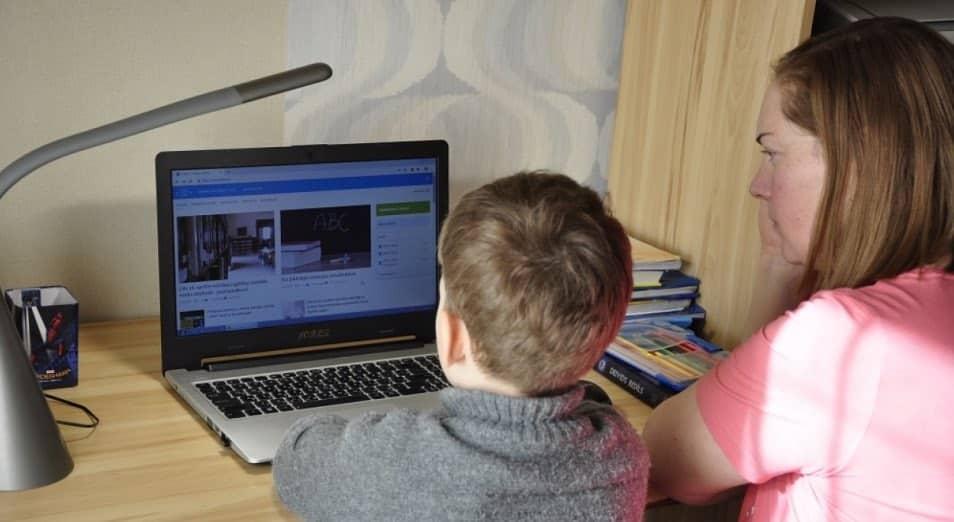 Учащиеся, которые нуждаются в компьютерах для дистанционного обучения, будут ими обеспечены