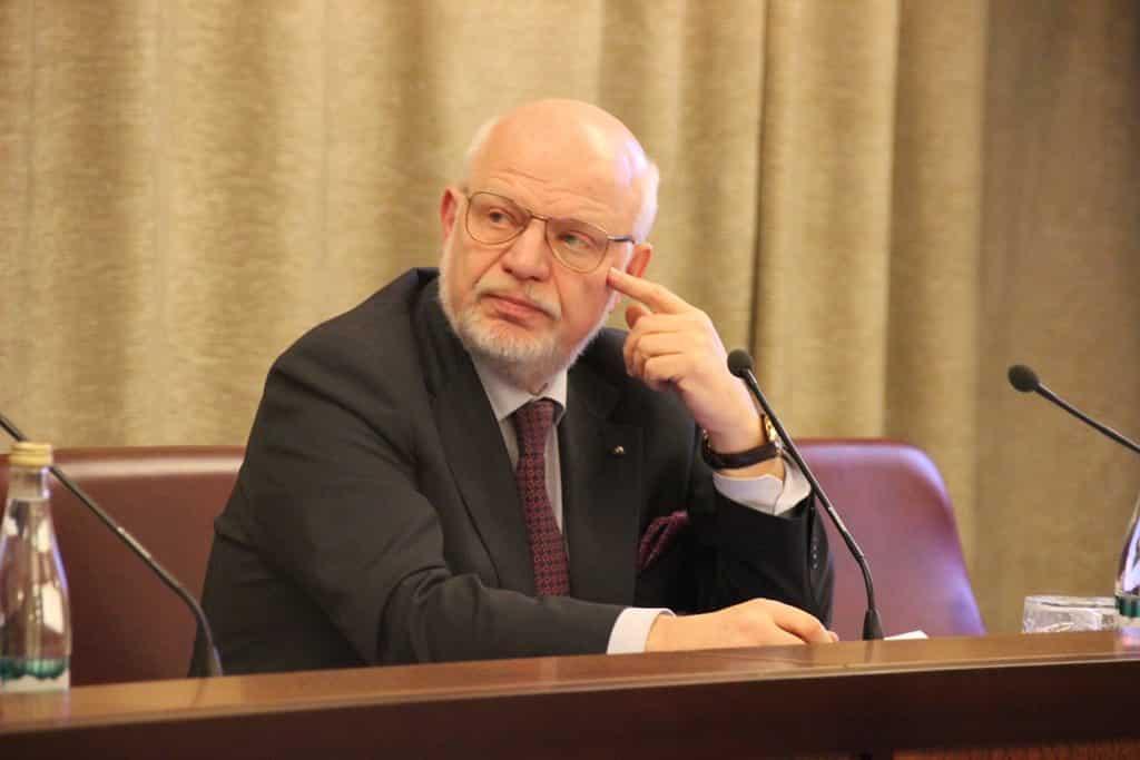 Несколько вариантов амнистии предложили в Совете по правам человека к параду 24 июня 2020