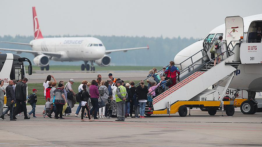 Стали известны предварительные даты возобновления авиасообщения с другими странами