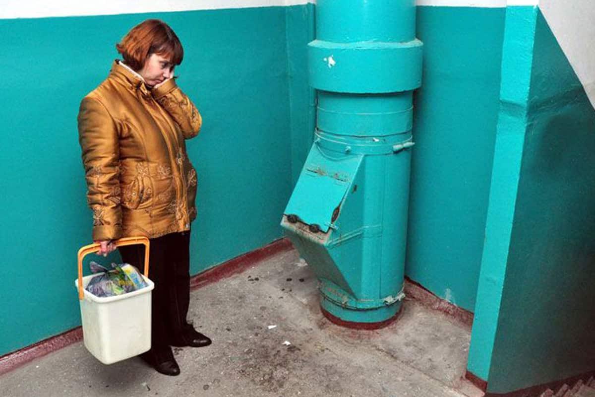 В Правительстве хотят убрать мусоропроводы из многоквартирных домов