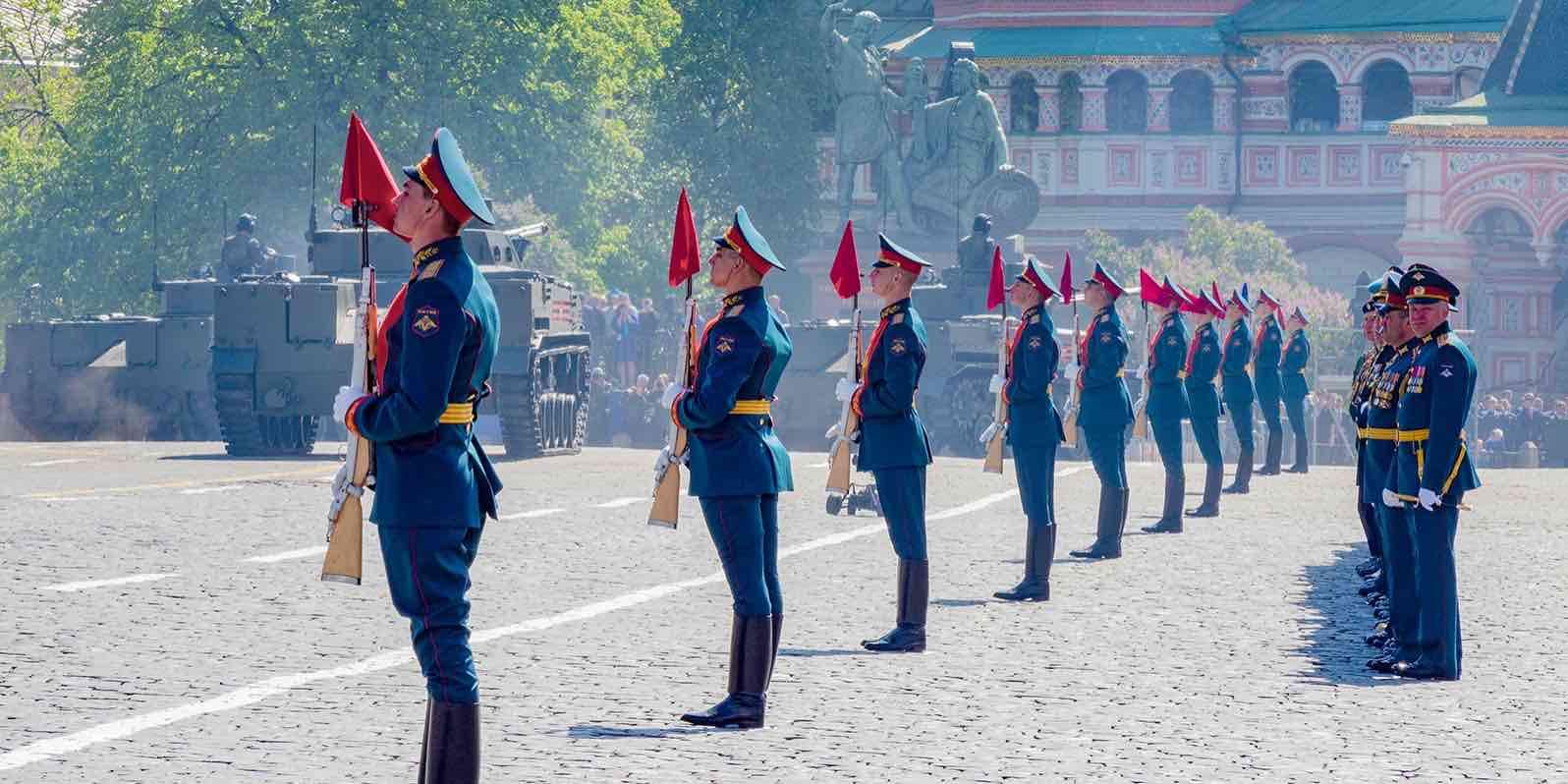 Отложенный парад Победы состоится не во всех городах России