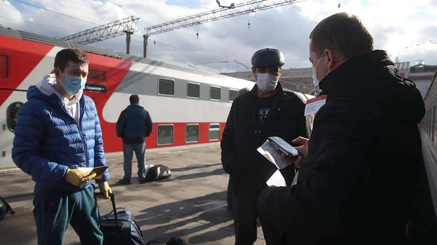 Запуск поездов дальнего следование отложен на середину лета, рассказали в РЖД