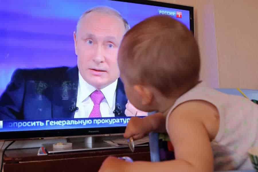 В Госдуме выступили с предложением выплатить 10 тысяч рублей на детей 16-18 лет