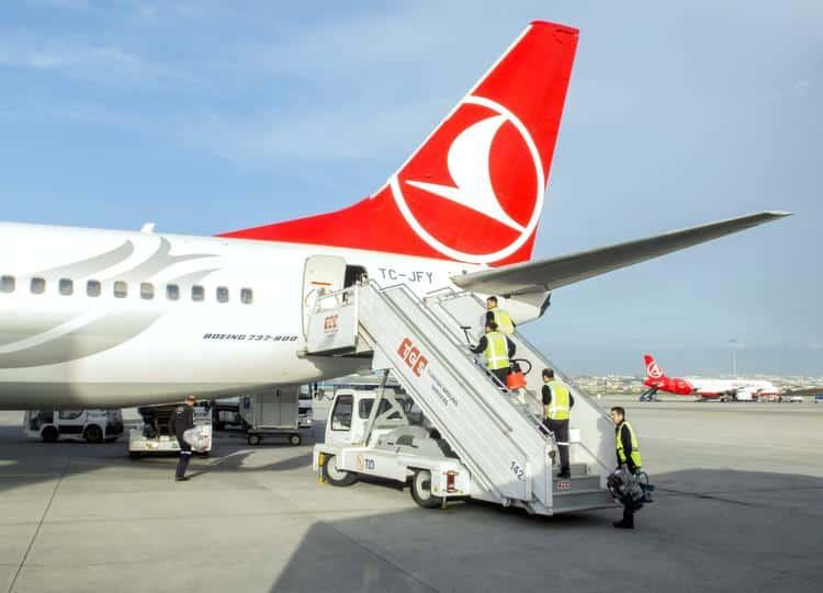 Авиасообщение с Турцией может возобновиться не скоро, рассказал эксперт