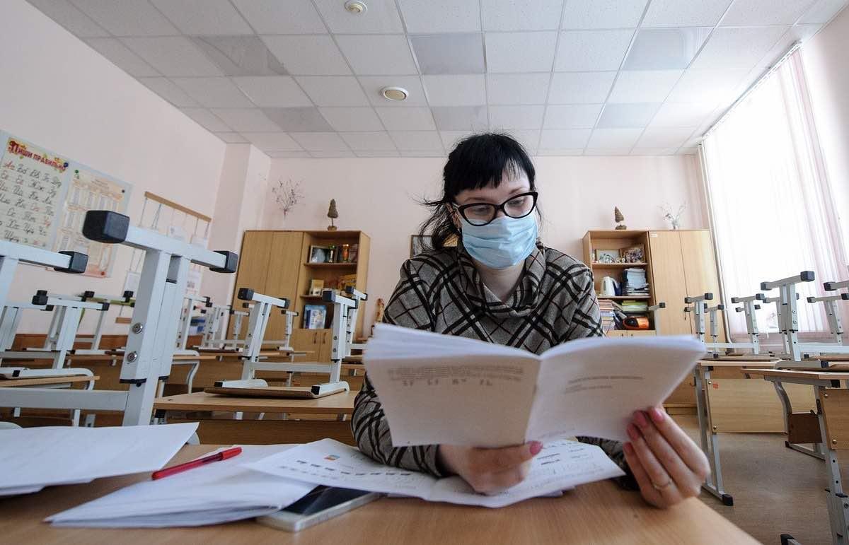 Может ли вернуться дистанционное образование в школы, рассказали в Министерстве образования России