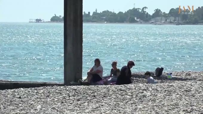 Российская Федерация официально открыла границу сАбхазией— еще один курорт
