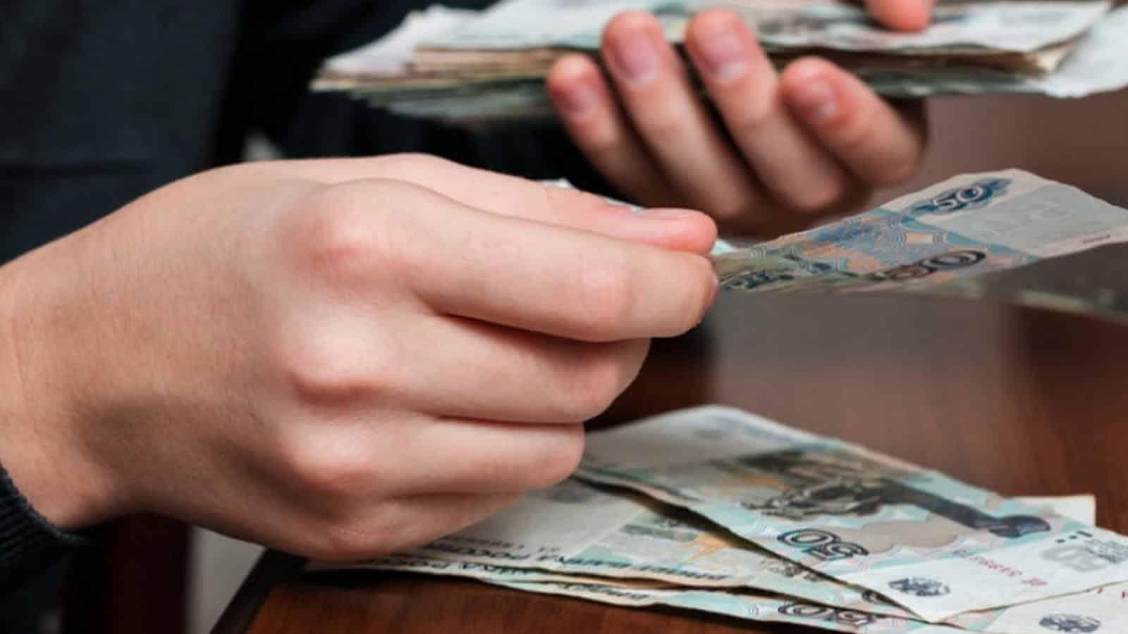 Увеличенное пособие по безработице будут получать россияне как минимум до 1 октября