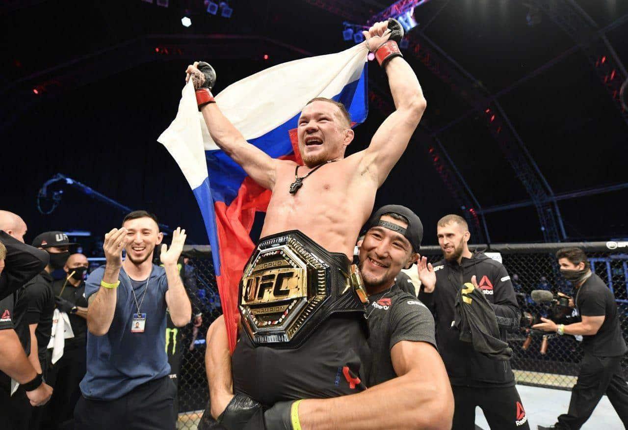 Вероятность завершения карьеры Хабиба Нурмагомедова: продолжение выступлений в UFC