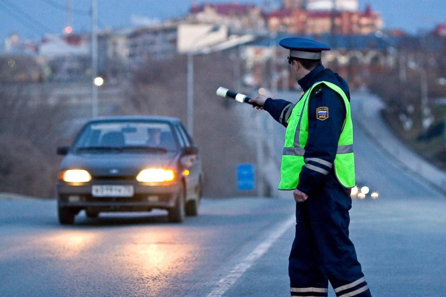 За включение аварийки в знак благодарности, можно получить штраф
