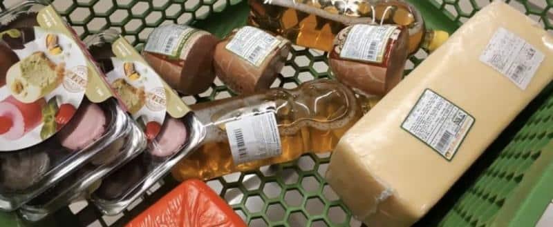 В Госдуме предложили возвращать штраф за просроченные продукты покупателям, выявившим нарушения