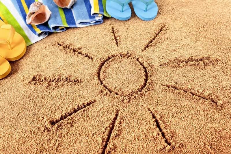 Россияне массово отказываются от отпусков летом 2020 года: есть ли компенсация