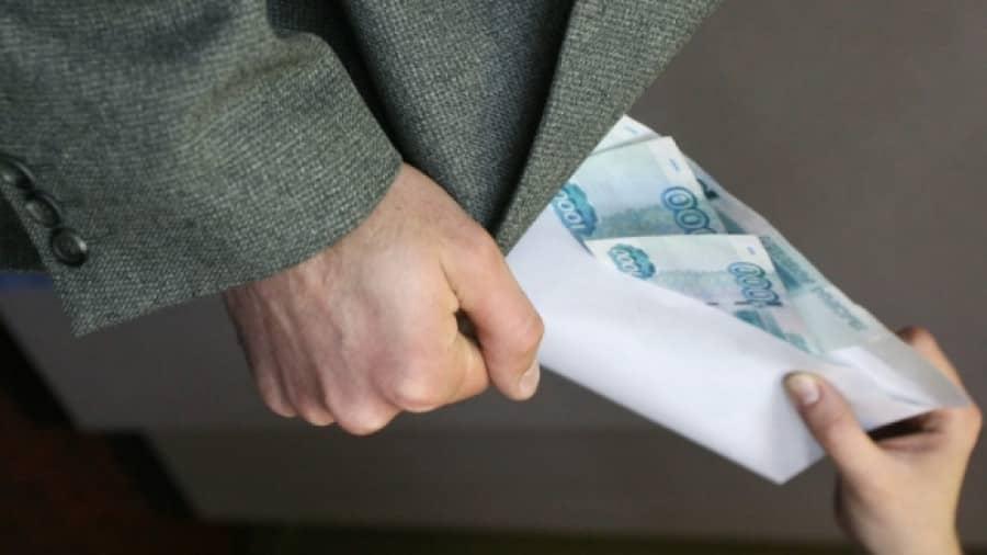 Государство начнет изымать серые зарплаты россиян в пользу Пенсионного фонда