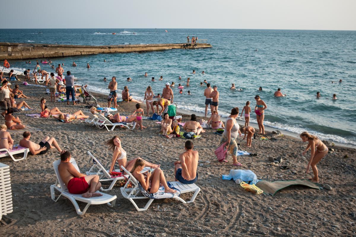 Поток туристов вырос на российских курортах в текущем году из-за пандемии