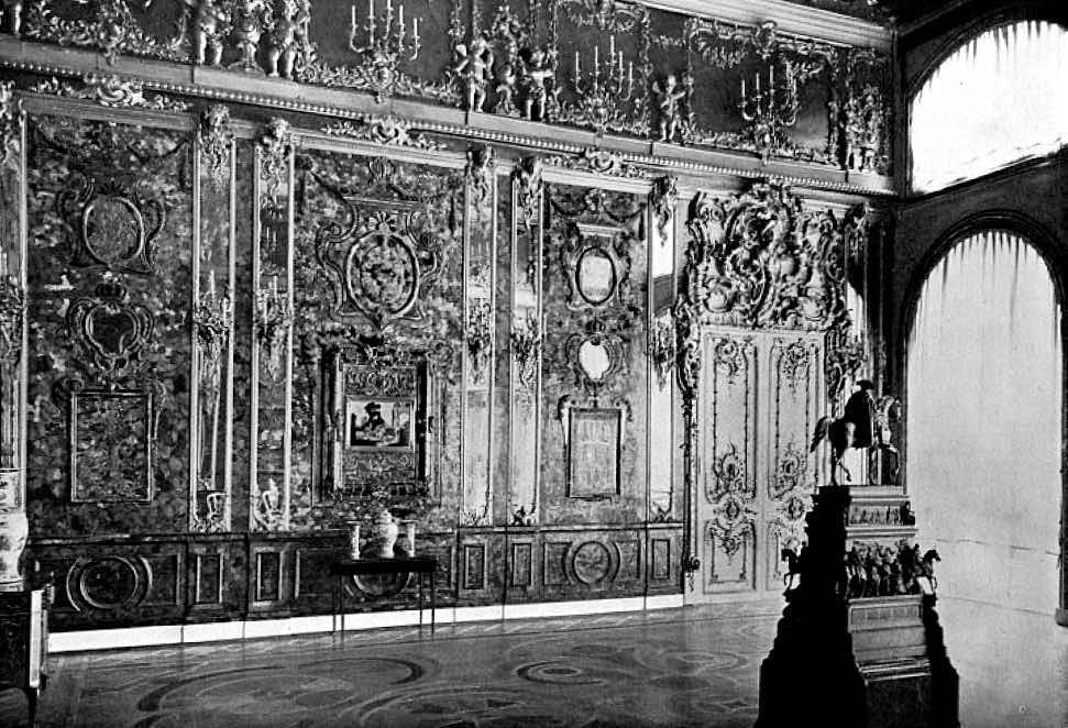 Янтарная комната - величайшее потерянное сокровище в мире