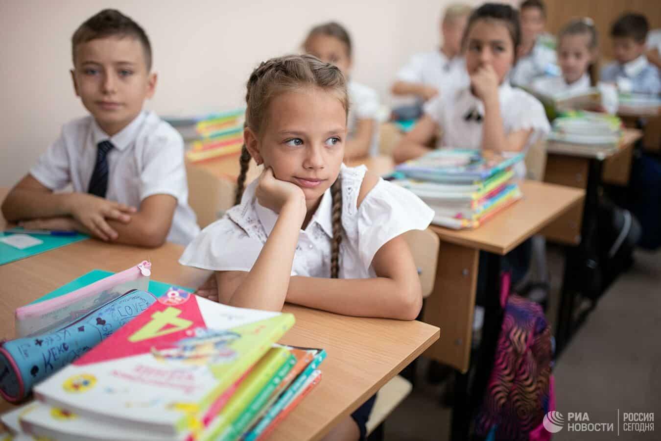 Не во всех регионах хватает средств на закупку необходимых средств защиты от COVID-19 для школ и детских садов