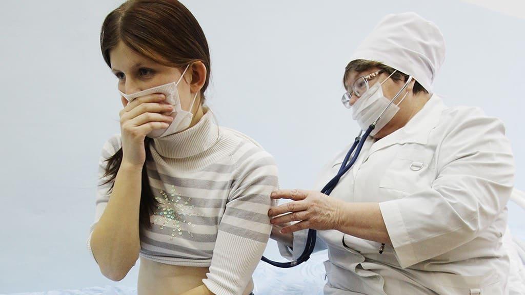 О плановых прививках во время коронавируса, рассказали российские медики