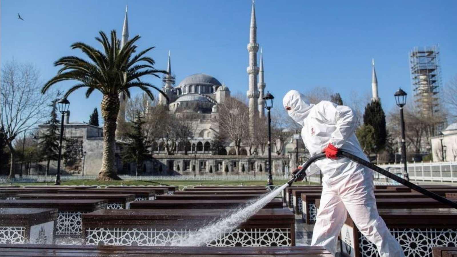 Коронавирус на турецких курортах: в стране фиксируется рост заболеваемости