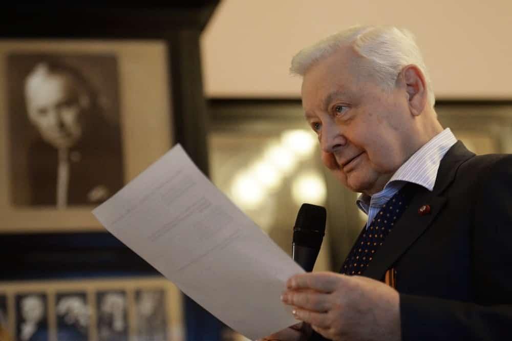 О последних днях жизни Олега Табакова рассказала его вдова на программе в честь юбилея Великого актёра